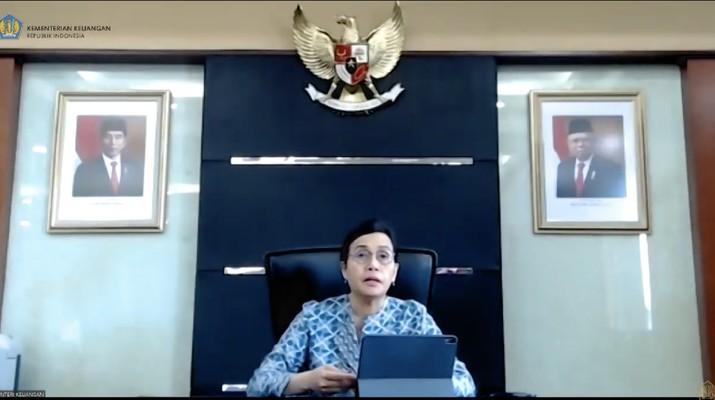Menteri Keuangan Sri Mulyani memberikan keterangan pers Gaji ke-13 (Tangkapan Layar Youtube Kemenkeu RI)