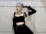 Debut Solo, Outfit Rose BLACKPINK Bisa Buat DP Rumah!