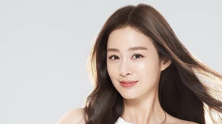 Kim Tae Hee (Instagram/Taeheekim80)