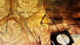 Kilau Harga Emas yang Menembus Rekor Sepanjang Masa