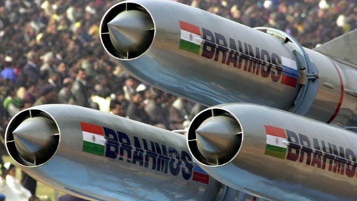 India's supersonic Brahmos cruise missiles pass during a full dress rehearsal of a Republic Day parade in New Delhi, India, Thursday, Jan. 23, 2003. The Brahmos missile will be displayed for the first time on the 55th Indian Republic Day on Jan. 26. The missile is being developed jointly by Russian and Indian scientists. Brahmos missile can hit underwater and overland targets located between 100 to 300 kilometers (60 to 180 miles) away and is expected to be inducted into the Indian Navy by 2004. (AP Photo/Ajit Kumar)