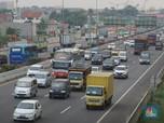 Tol Jakarta-Cikampek 'Diserbu' Kendaraan Jelang Idul Adha