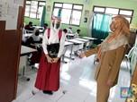 Potret Murid SMPN 2 Bekasi Belajar Tatap Muka Saat Pandemi