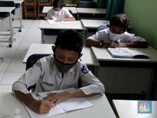 Sekolah di Zona Kuning Boleh Dibuka, Ini Warning Jokowi