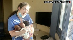 Momen Heroik Perawat di Beirut Bopong Tiga Bayi Baru Lahir Usai Ledakan