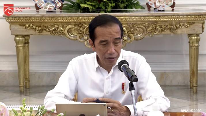 Presiden Jokowi pada Ratas Penggabungan BUMN Sektor Aviasi dan Pariwisata, 6 Agustus 2020. (Dok: Tangkapan layar Sekretariat Presiden)