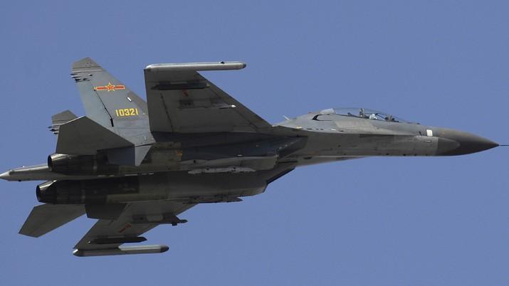 Pesawat Tempur China J 11