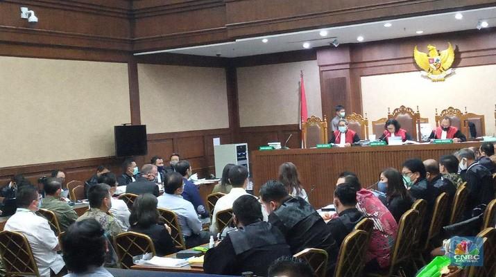 Sidang lanjutan Tindak Pidana Korupsi (Tipikor) terkait kasus korupsi PT Asuransi Jiwasraya (Persero) kembali digelar Rabu ini. (CNBC Indonesia/Syahrizal Sidiq)