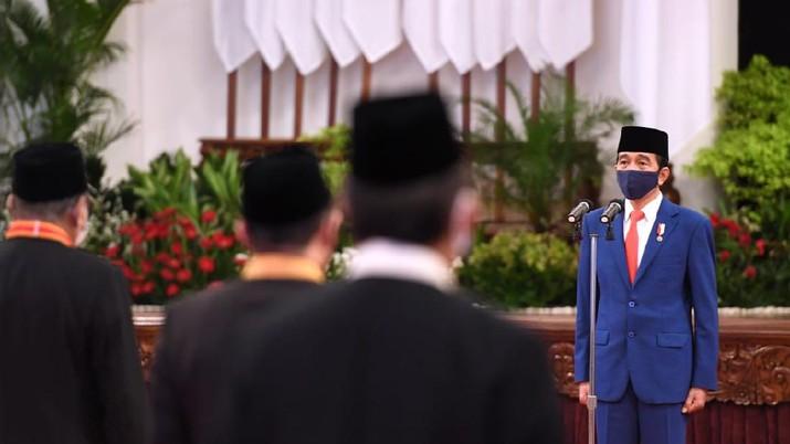 Jokowi di Upacara Penganugerahan Tanda Kehormatan RI, Istana Negara, 13 Agustus 2020. (Foto: Lukas - Biro Pers Sekretariat Presiden)