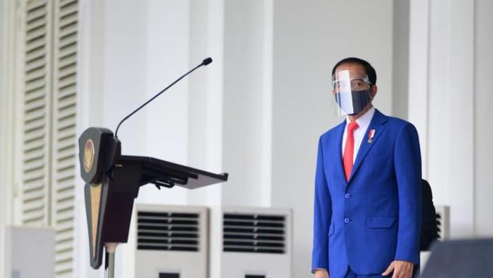 Presiden Jokowi Saksikan Geladi Peringatan Detik-Detik Proklamasi Kemerdekaan RI. (Laily Rachev - Biro Pers Sekretariat Presiden)