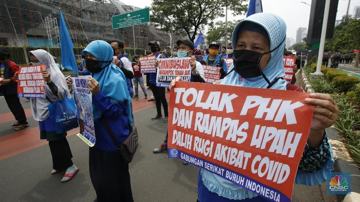 Demo Buruh di SIdang Tahunan MPR RI (CNBC Indonesia/Tri Susilo)