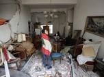 Mereka yang Bertahan di Puing Rumah Sisa Ledakan Beirut