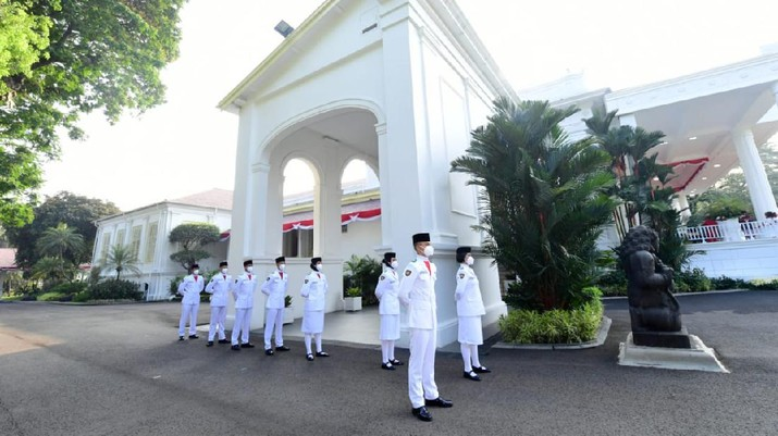Pasukan Pengibar Bendera Merah Putih (Muchlis Jr - Biro Pers Sekretariat Presiden)