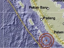 Duh! Bengkulu Kembali Digoyang Gempa Bumi M 6.5