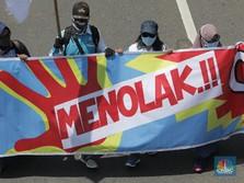 Demo Tolak Omnibus Law Bandung Ricuh, Jalanan Sempat Lumpuh