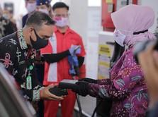 Komisaris & Direksi Pertamina Bagikan Masker di Palangka Raya