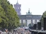 Tak Percaya Covid Exist, Ribuan Warga Jerman 'Kepung' Berlin