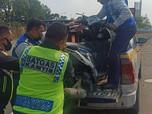 Heboh Kecelakaan Motor di Tol Jakarta-Cikampek, Kok Bisa?