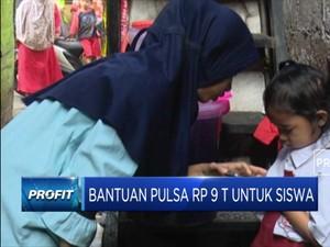 Kemendikbud Cairkan Bantuan Pulsa Rp 9 T Untuk Siswa