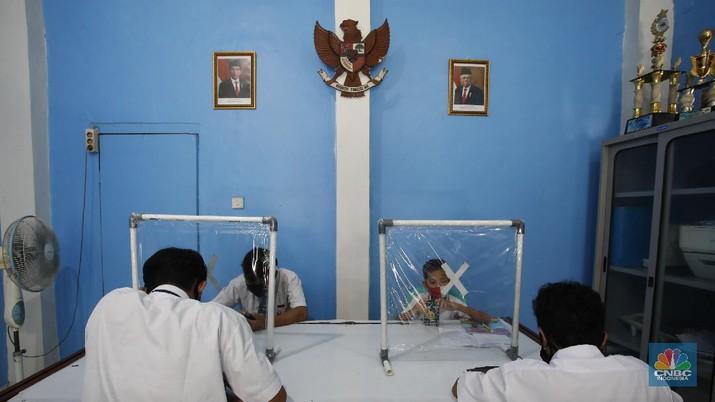 Wifi Gratis di Sekolah (CNBC Indonesia/Tri Susilo)