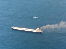 Bawa 2 Juta Barel Minyak, Sebuah Tanker Terbakar di Sri Lanka