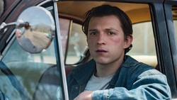 Cerita Tom Holland Berakting di Film The Devil All The Time