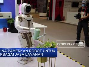 China Pamerkan Robot untuk Berbagai Jasa Layanan