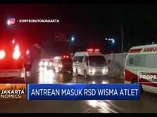 Viral! Antrean Ambulans Pasien Covid-19 Masuk RSD Wisma Atlet
