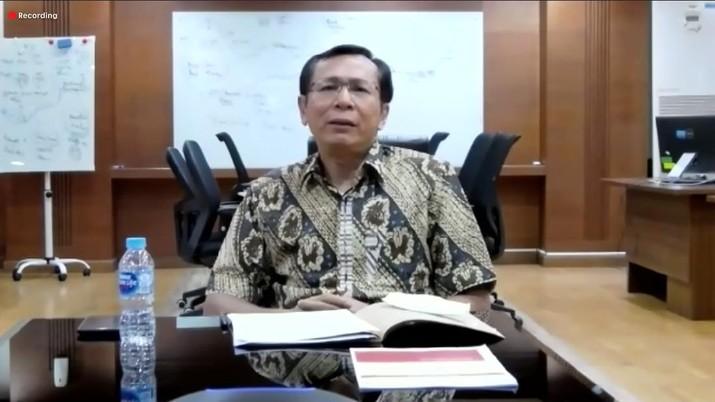 Sekretaris KPCPEN Raden Pardede (CNBC Indonesia/Muhammad Iqbal)