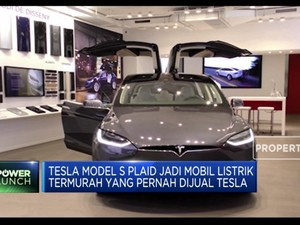Tesla Model S Plaid Dibanderol USD 25 Ribu