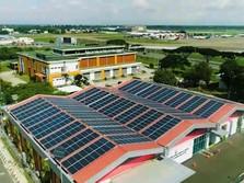 Secanggih Changi, PTBA Bangun PLTS 241 kWp di Bandara Soetta