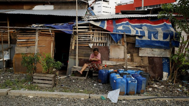 Potret Kemiskinan Ibu Kota di Tengah Pandemi (CNBC Indonesia/Tri Susilo)