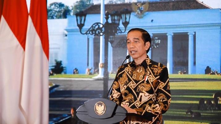 Presiden Jokowi saat memberikan keterangan tentang perkembangan realisasi program Pemulihan Ekonomi Nasional (PEN) di Istana Kepresidenan Bogor, Jawa Barat, pada Sabtu, 26 September 2020.