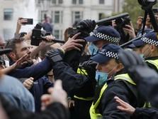 London Panas! Protes Tolak Lockdown Inggris Rusuh, 12 Terluka