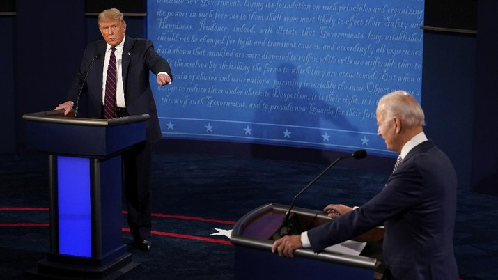 President Donald Trump responds to Democratic presidential candidate former Vice President Joe Biden during the first presidential debate Tuesday, Sept. 29, 2020, at Case Western University and Cleveland Clinic, in Cleveland, Ohio. (AP Photo/Morry Gash, Pool)