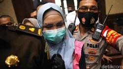 Pesan Pinangki ke Anak Terungkap di Sidang: Mommy in Jail, Pray for Me