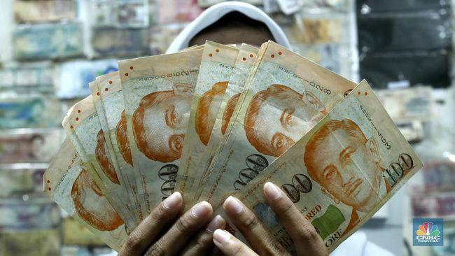 Dolar Singapura Tarik Tambang di Kisaran Rp 10.500/SG$