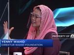 Beban Yenny Wahid Sang Anak Presiden dan Wartawati Perang