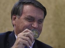 Presiden Brasil Sebut Covid-19 dari Lab Buat Perang Biologis