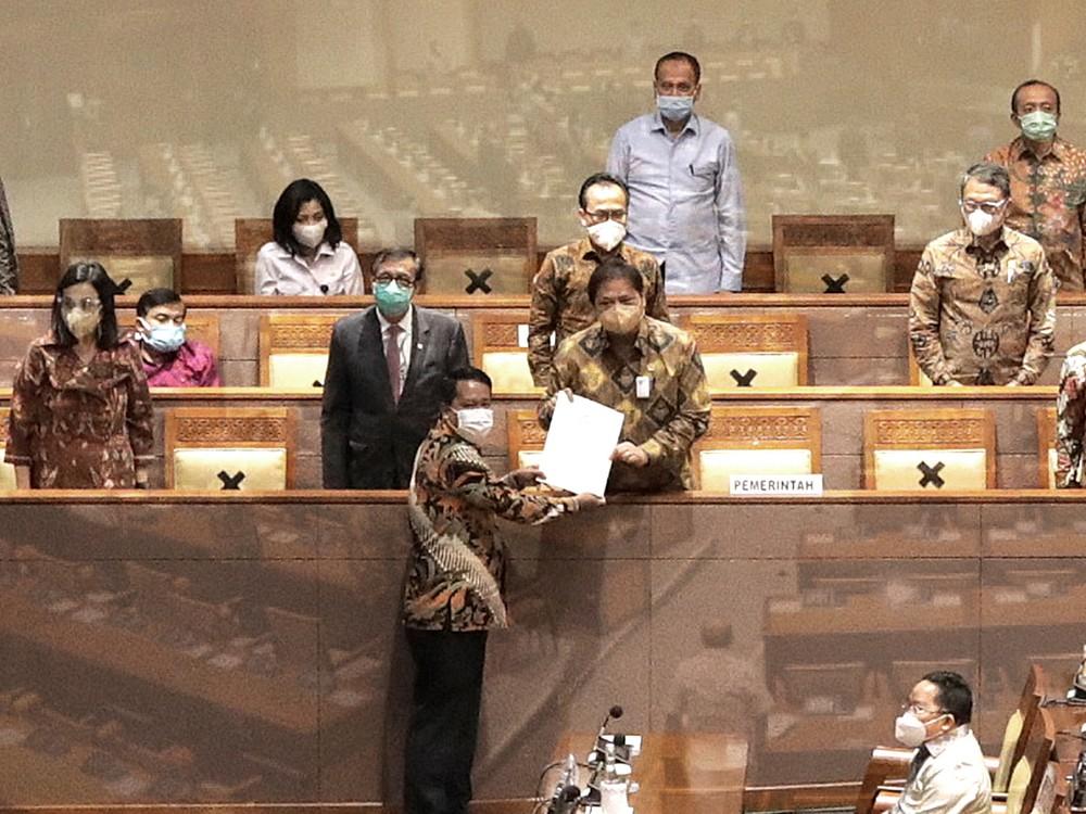 Resmi! Indonesia Punya Omnibus Law Cipta Kerja