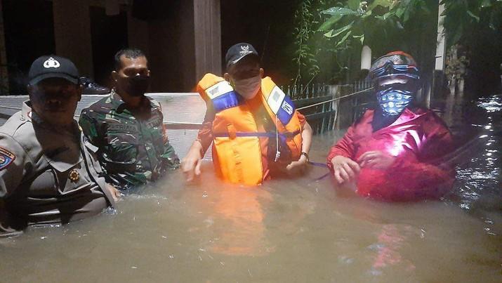 Banjir dan longsor di Jl. Damai Ciganjur, Jakarta Selatan(Tangkapan Layar via Instagram tmcpoldametro)
