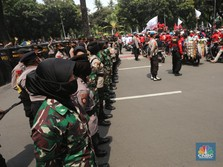 Balik Kanan! Buruh Tolak Omnibus Law Batal Geruduk Istana