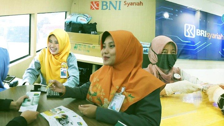 Cover/ 3 Bank Syariah Merger/Aristya Rahadian