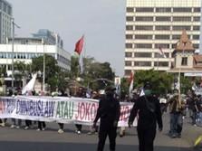 Buruh Long March ke Patung Kuda Tolak Omnibus Law Ciptaker