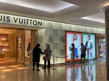 Kena Imbas Boikot Produk, Saham Louis Vuitton Ambles 6%