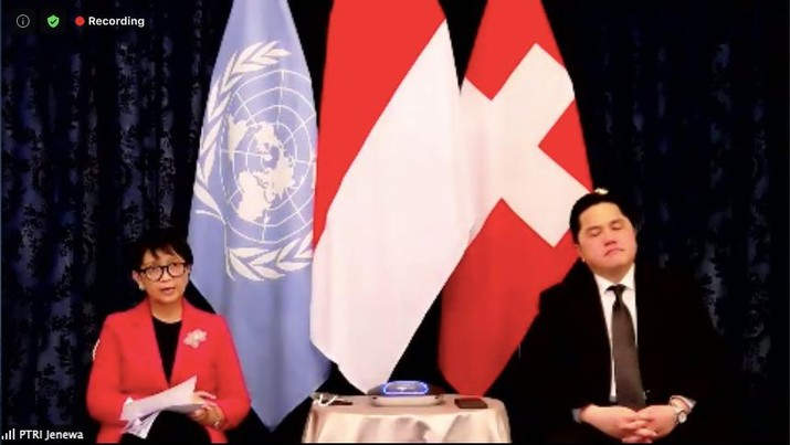 Menlu RI Retno Marsudi & Menteri BUMN Erick Thohir (Tangkapan Layar Zoom)
