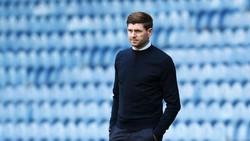 Steven Gerrard Rupanya Sering Minta Tips dari Sir Alex