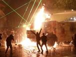 Ricuh! Demonstrasi Massa di Chile Berujung Pembakaran Gereja