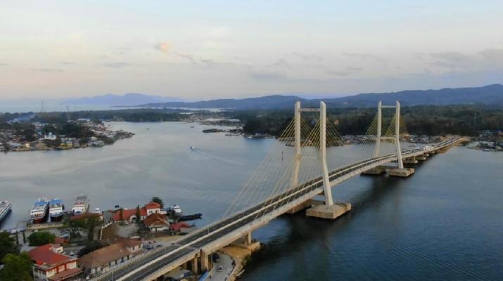 Jembatan Teluk Kendari. (Biro Pers Sekretariat Presiden)