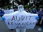 Kena PHK, Petugas Ambulans Berhazmat Demo di Kantor Anies